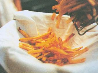 Cientistas vão continuar pesquisando substâncias presentes na batata frita - Foto: Divulgação