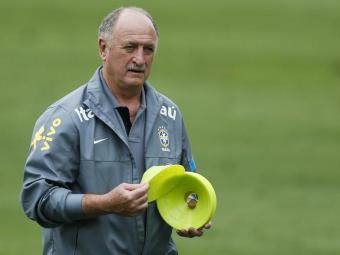 Ele disse que já fez um pedido para a Fifa a fim de liberar mais treinos em 2014 - Foto: Victor R. Caivano | AP Photo