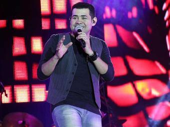 Batista Lima, vocalista da banda Limão com Mel, que deve cantar em Dias D'Ávila - Foto: André Luframaia | Forrozão Promoções