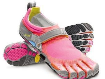 Sapatos que simulam estar descalço não são os mais indicados para correr - Foto: Divulgação