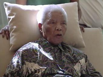 Mandela está internado há duas semanas em Pretória - Foto: AP