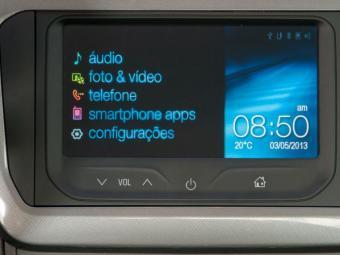 Chevrolet equipa MyLink no Cobalt - Foto: Divulgação Chevrolet