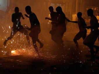 A guerra de espadas é proibida há três anos na cidade - Foto: Lúcio Távora   Ag. A TARDE