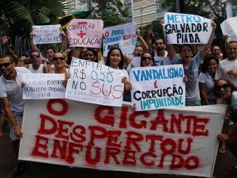 Uma greve geral está sendo cogitada para o dia 1º de julho - Foto: Joá Souza   Ag. A TARDE