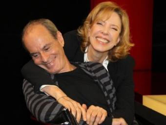 Ney Matogrosso ao lado de Marília Gabriela na estreia do programa - Foto: Carol Soares | SBT
