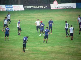 Elenco participa de treino de posse de bola; neste sábado, 29, fará jogo-treino contra time júnior - Foto: Esporte Clube Bahia | Divulgação
