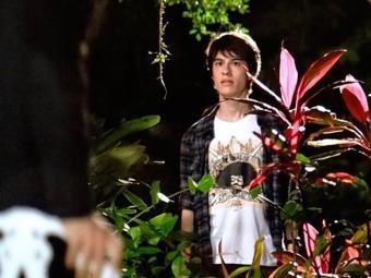 Jonathan ouve Félix falar de Atílio com Edith e a sogra - Foto: TV Globo   Divulgação