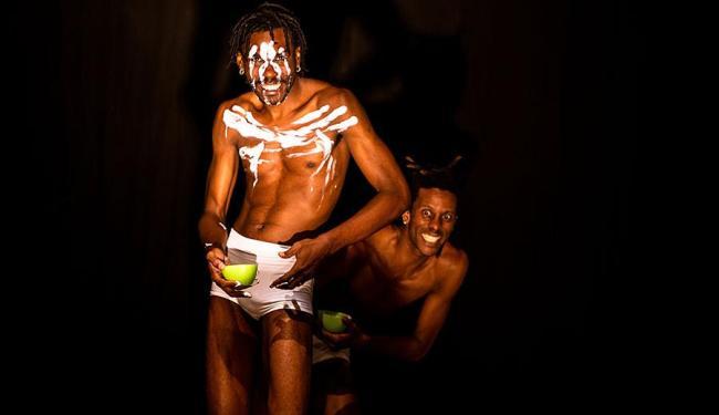 Teatro mistura as técnicas japonesa de Butoh com as raízes africanas do Olodum - Foto: João Milet Meirelles | Divulgação
