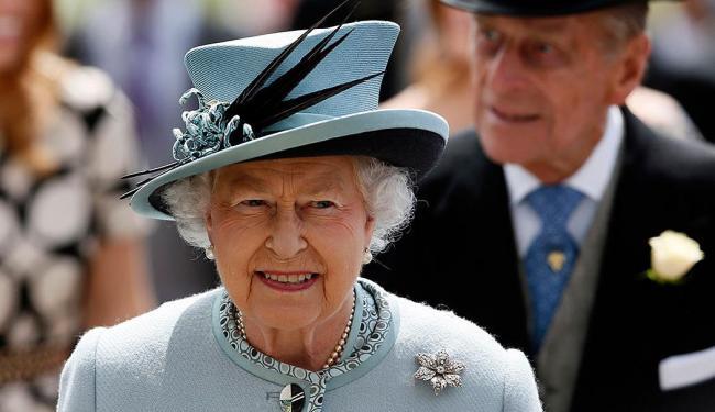 Rainha Elizabeth II foi coroada em 1953 - Foto: Agência Reuters