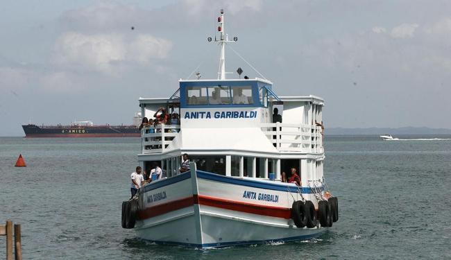 Na travessia Mar Grande-Salvador, 13 embarcações operam neste domingo - Foto: Haroldo Abrantes | Arquivo | Ag. A TARDE