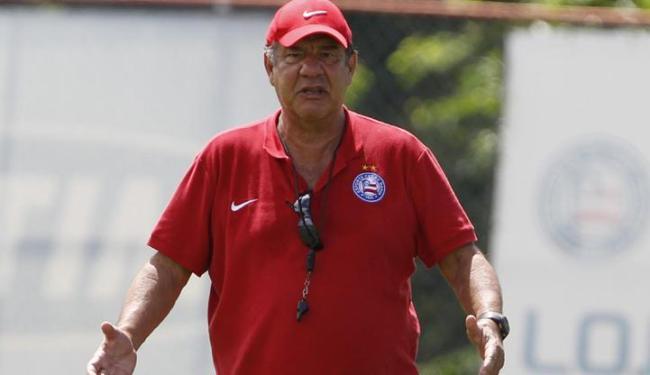 Joel disse que ficou 15 dias sem receber uma ligação da diretoria do Bahia - Foto: LUCIO TAVORA / AG. A TARDE