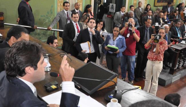 Parlamentares aprovaram os projetos de lei por 30 votos a 12 - Foto: Divulgação