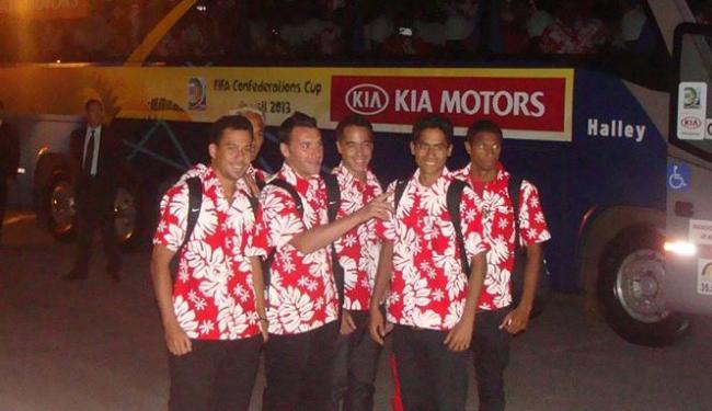 Delegação do Taiti chega ao Brasil para o