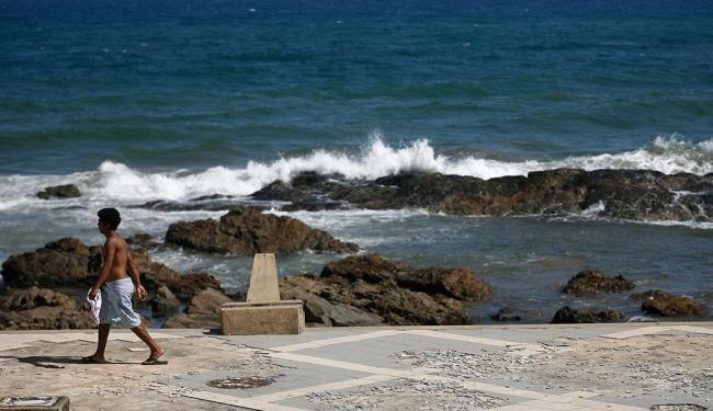 Seres humanos precisam preservar oceanos - Foto: Raul Spinassé   Ag. A TARDE