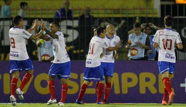 Em jogo que marca estreia do seu novo uniforme, Bahia empata com o Vasco e chega ao G-4 - Foto: Ernesto Carriço | Ag. Estado