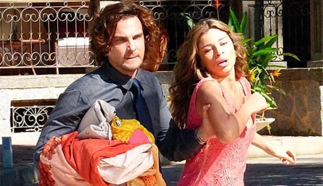 Alberto joga a ex-mulher no meio da rua - Foto: TV Globo | Divulgação