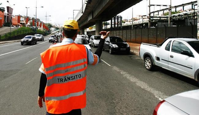 Agentes estavam paralisados desde segunda-feira,10 - Foto: Raul Spinassé / Ag. A TARDE