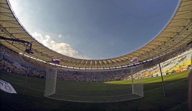 Itália tenta primeiro gol no Maracanã contra o México - Foto: Antônio Lacerda | Ag. Efe