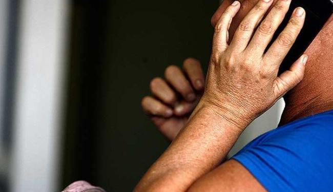 Segundo titular da Deam, mulheres estão perdendo o medo de ir à delegacia prestar queixa - Foto: Luis Tito | Ag. A TARDE