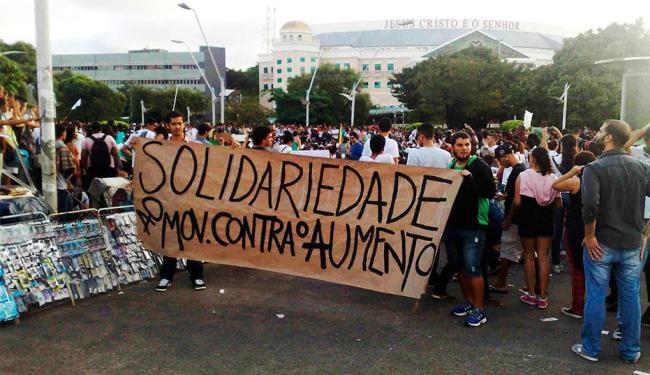 Manifestantes pedem melhorias do transporte público, da mobilidade urbana e da acessibilidade - Foto: Téo Henrique | Agência A TARDE