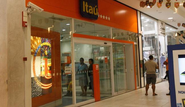 Bando tentou assalta o banco localizado no shopping - Foto: Margarida Neide   Ag. A TARDE