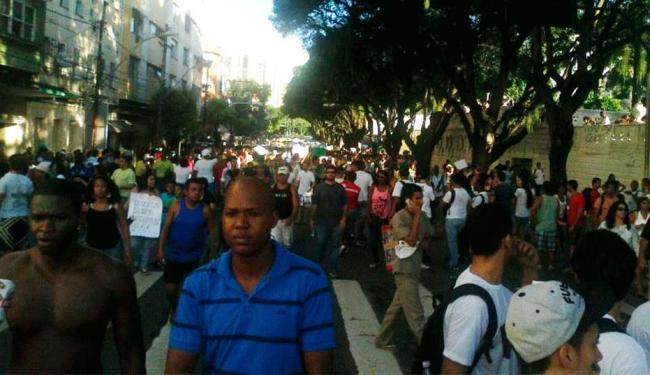 Manifestantes seguirão até a Arena Fonte Nova - Foto: Teo Henrique   Ag. A TARDE
