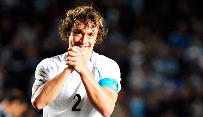 zagueiro marcou um dos gols da vitória do Uruguai sobre a Nigéria por 2 a 1 - Foto: Mauricio Dueñas | EFE