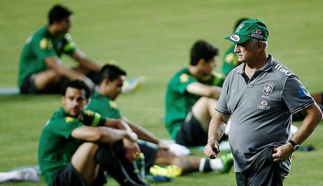 Seleção Brasileira treinou em Pituaçu nesta sexta - Foto: Raul Spinassé | Ag. A TARDE