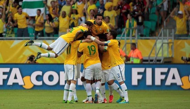 Com gols de Dante, Neymar e dois de Fred, Brasil bate Itália e avança com 100% de aproveitamento - Foto: Eduardo Martins | Ag. A TARDE