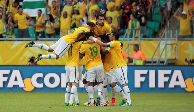 Comemoração do gol de Dante - Foto: Eduardo Martins| Ag. A TARDE