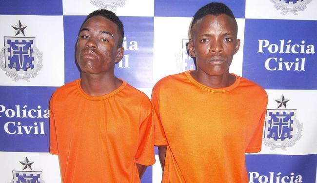 Ronielson (à esquerda) é apontado como líder do tráfico no bairro - Foto: Polícia Civil   Divulgação