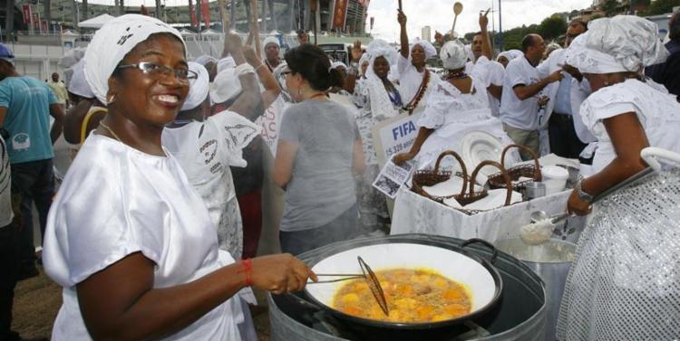 Cerca de 3.500 profissionais em Salvador serão beneficiadas com a regularização - Foto: Marco Aurélio Martins | Arquivo | Ag. A TARDE