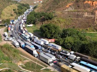 Protestos acontecem em vários estados, como São Paulo e Rio de Janeiro - Foto: Fábio Motta   AE