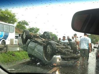 Acidente aconteceu na região de Amélia Rodrigues - Foto: Vasco Augusto   Foto do Leitor