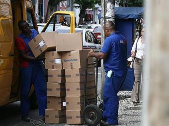 Capital baiana ganha nova regulamentação para operações de carga e descarga - Foto: Raul Spinassé | Ag. A TARDE