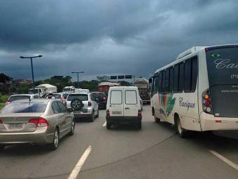 Região do aeroporto segue congestionada nesta terça - Foto: Nestor Muniz | Foto do Leitor