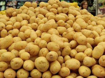 Batatas: 125 gramas tem 7% dos carboidratos necessários por dia - Foto: Eduardo Martins | Ag. A TARDE
