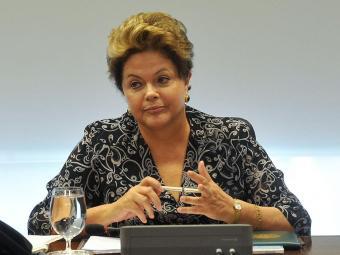 Presidente Dilma Rousseff durante reunião com ministério - Foto: Antonio Cruz   ABr