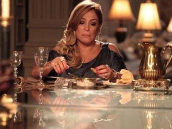 Pilar achará que Gigi é a amante de César - Foto: Divulgação | TV Globo