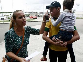 Jandira Moreira levou a filha ao Hospital da Criança e reclamou do atendimento - Foto: Luiz Tito | Ag. A TARDE