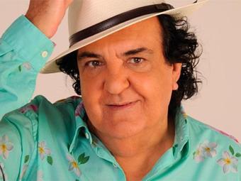 Paulinho cantará um repertório variado e recheado de clássicos da música baiana - Foto: Divulgação