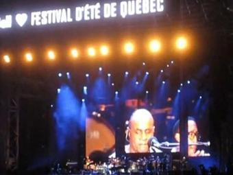 Compositor fez a promessa no Canadá - Foto: Reprodução | Youtube
