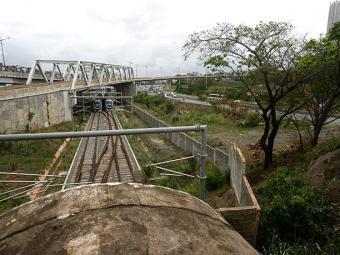 Metrô de Salvador ainda permanece parado. - Foto: Raul Spinassé   Ag. A TARDE