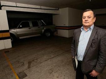 Famílias possuem mais de um carro e faltam vagas nos edifícios - Foto: Mila Cordeiro | Ag. A TARDE