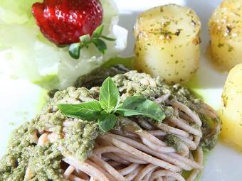 Comida vegana pode ser preparada com sabor e criatividade - Foto: Marco Aurélio Martins   Ag. A TARDE