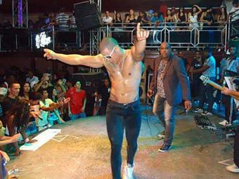Ex-dançarino da banda É Xeke estava internado desde quarta, 24 - Foto: Divulgação