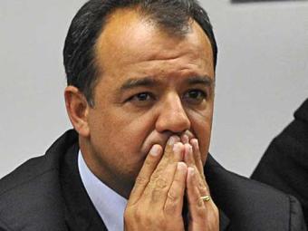 Dilma procura se distanciar do governador do Rio - Foto: Fabio Rodrigues Pozzebom/ABr