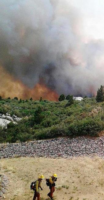 Fogo começou a se alastrar na última sexta-feira, 28 - Foto: Agência Reuters