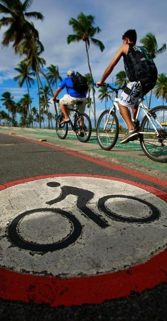 Ciclovias já existentes em Salvador serão integradas às vias exclusivas para bicicletas - Foto: Fernando Vivas   Ag. A TARDE