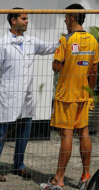 Zagueiro rubro-negro havia saído do jogo amistoso com dores na perna esquerda, mas já passa bem - Foto: Marco Aurélio Martins   Ag. A TARDE
